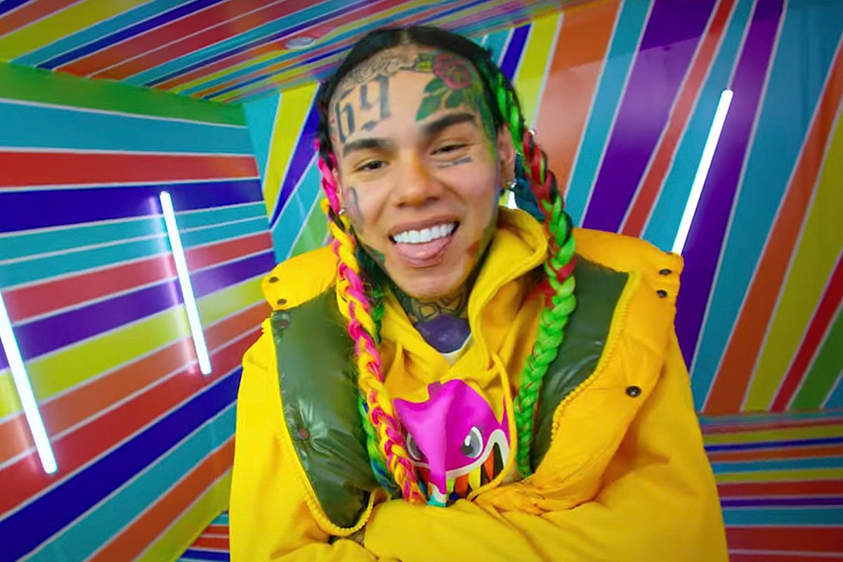 6ix9ine Breaks Silence on Being a Snitch, Apologizes to Friends and Family for Putting Them in Danger: Watch