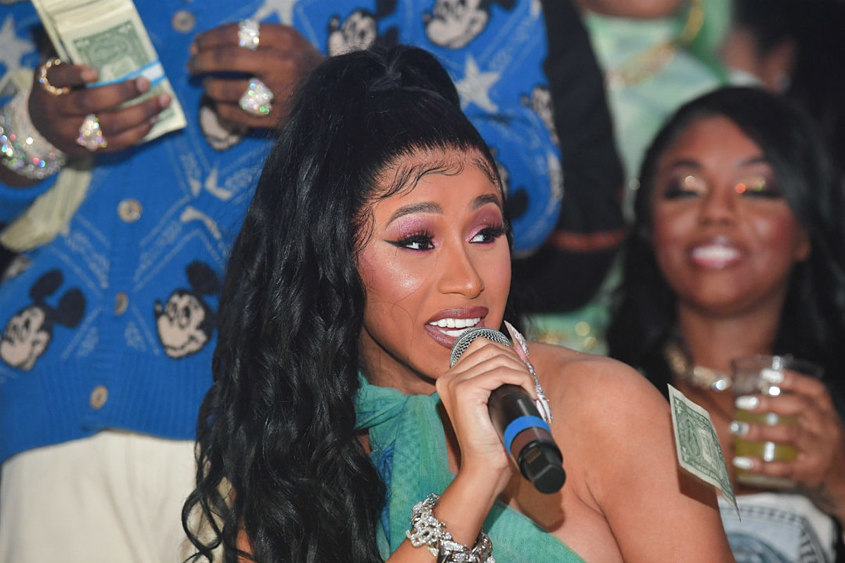 """Cardi B Confirms New Single Is Coming """"Very Soon"""""""