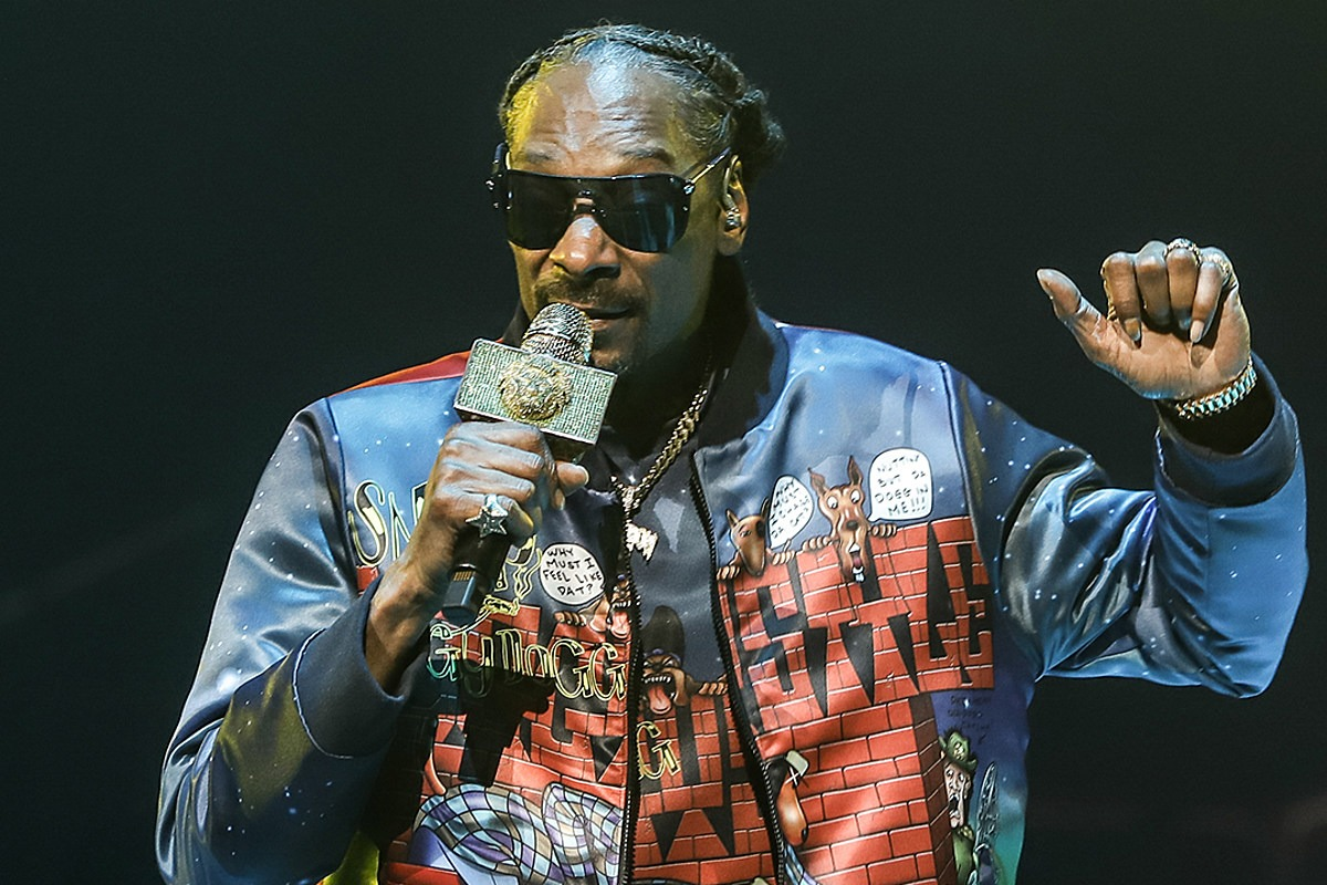 Snoop Dogg Reveals His Top 10 Rappers of All Time