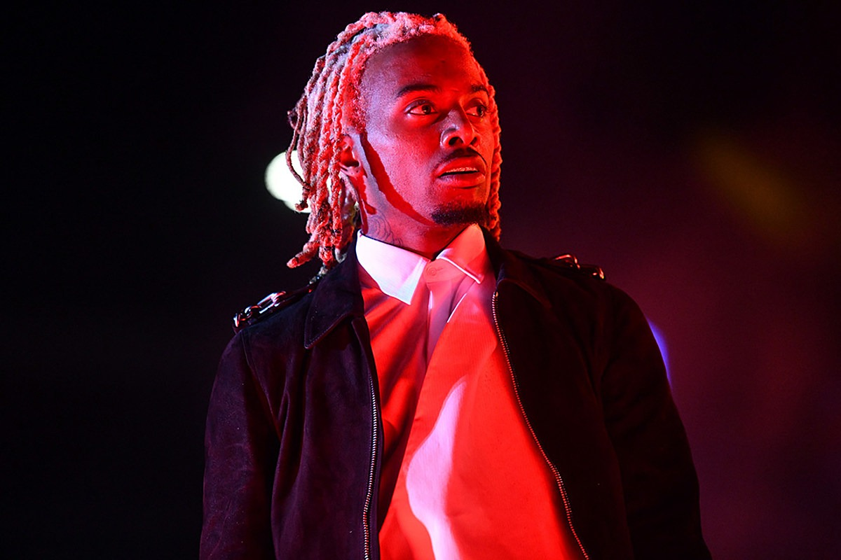 """Playboi Carti's """"They Thought I Was Gay"""" Lyric Appears in CNN TV Report: Watch"""