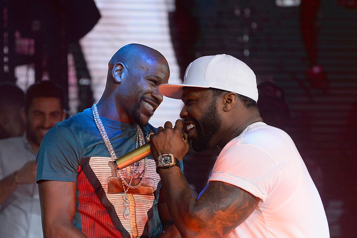"""50 Cent Clowns Floyd Mayweather's Beard, Says Mayweather """"Took Hair From His Ass and Put It on His Face"""""""