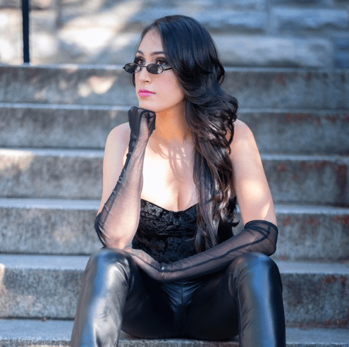 """Nazanin Gets Personal In Newly Released Single """"Red Light"""""""