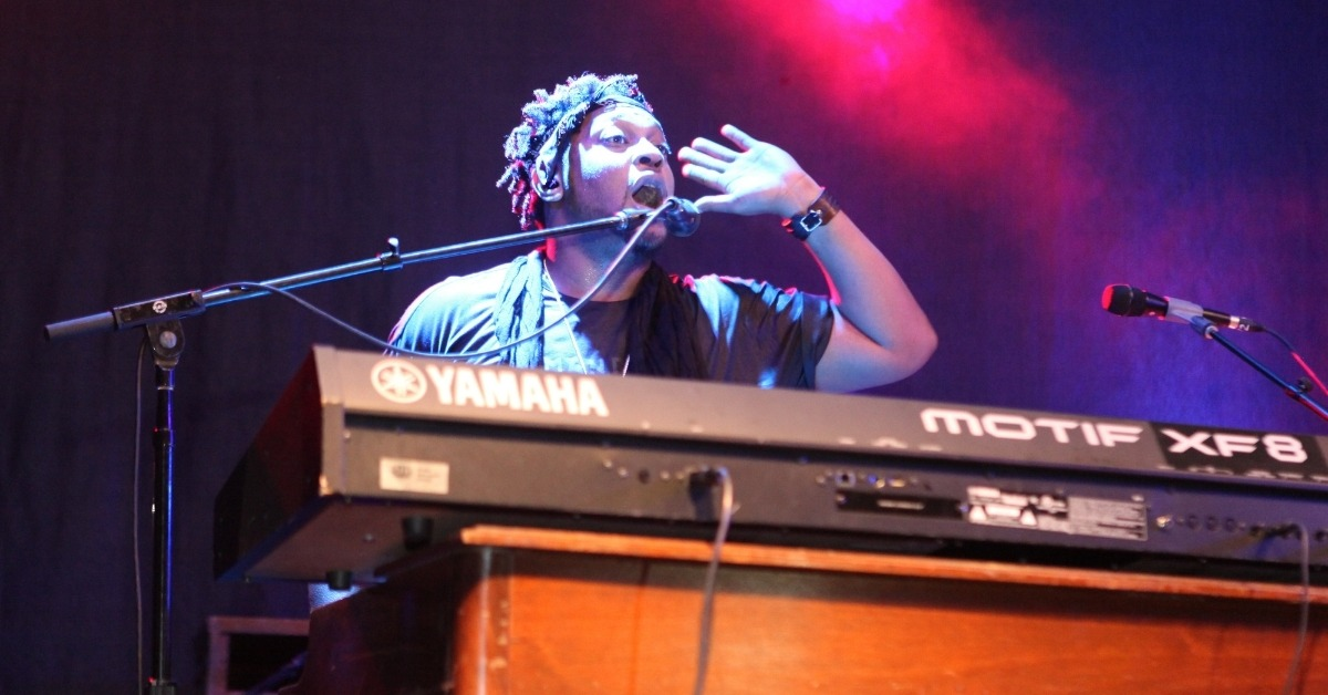 WATCH: D'Angelo Takes Fans Down Memory Lane In First-Ever Solo Verzuz