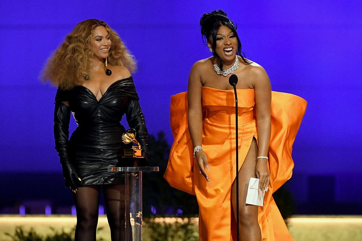 """Megan Thee Stallion's """"Savage (Remix)"""" Featuring Beyonce Wins Best Rap Song at 2021 Grammy Awards"""