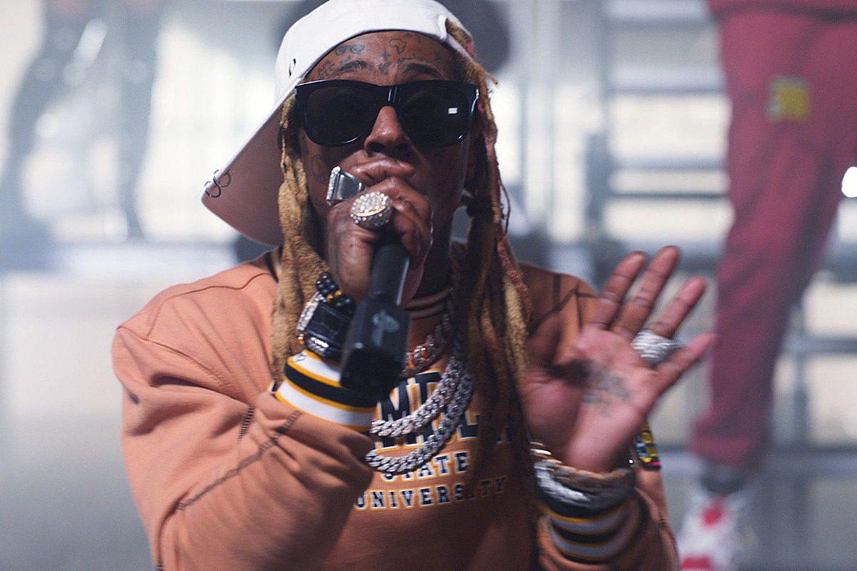 Lil Wayne Says 'F@k the Grammys'
