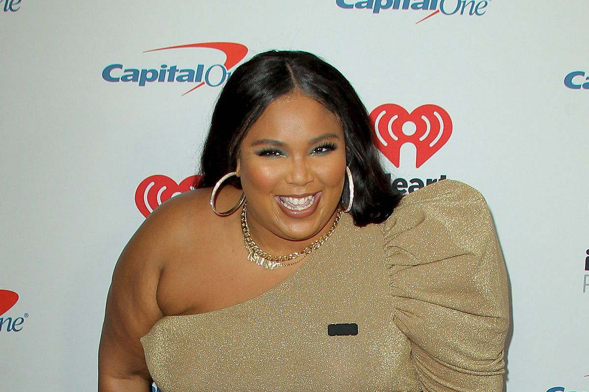 """Lizzo Talks Drake Reaching Out Over """"Rumors"""" Lyric About Him"""