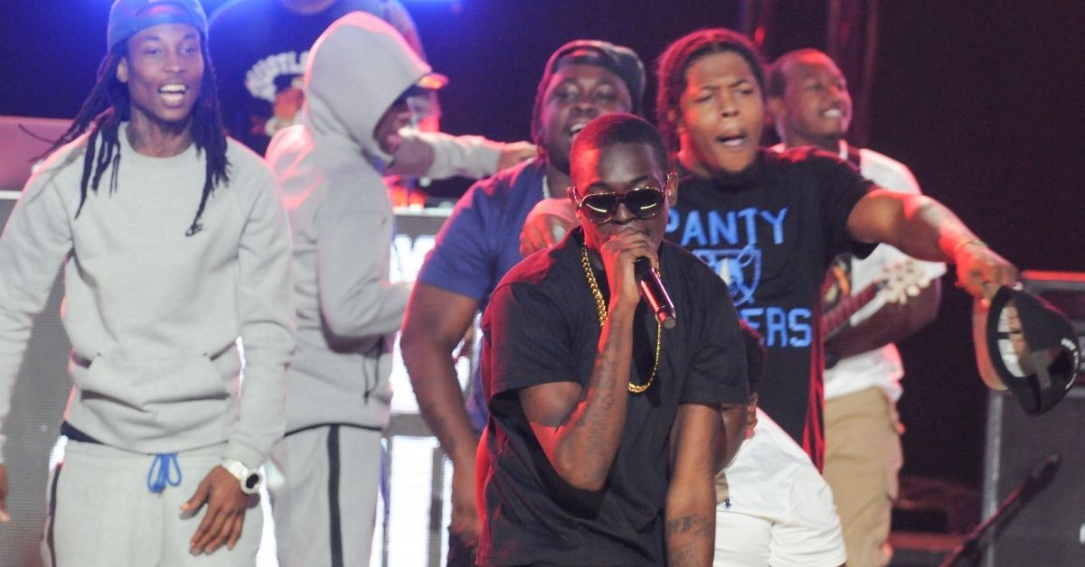 Bobby Shmurda Confronts Fan Who Threw Water Bottle at Him.