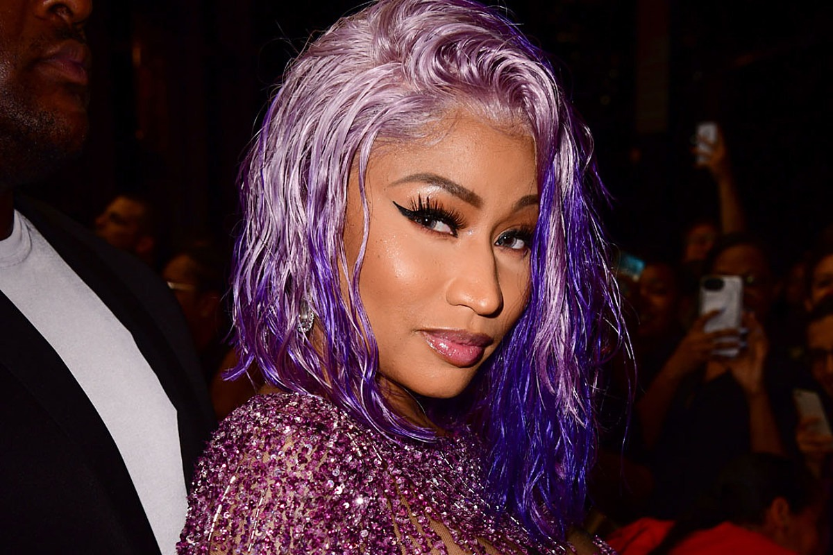 Nicki Minaj Reveals She Had COVID-19, But Won't Get Vaccinated Until She's Done More Research